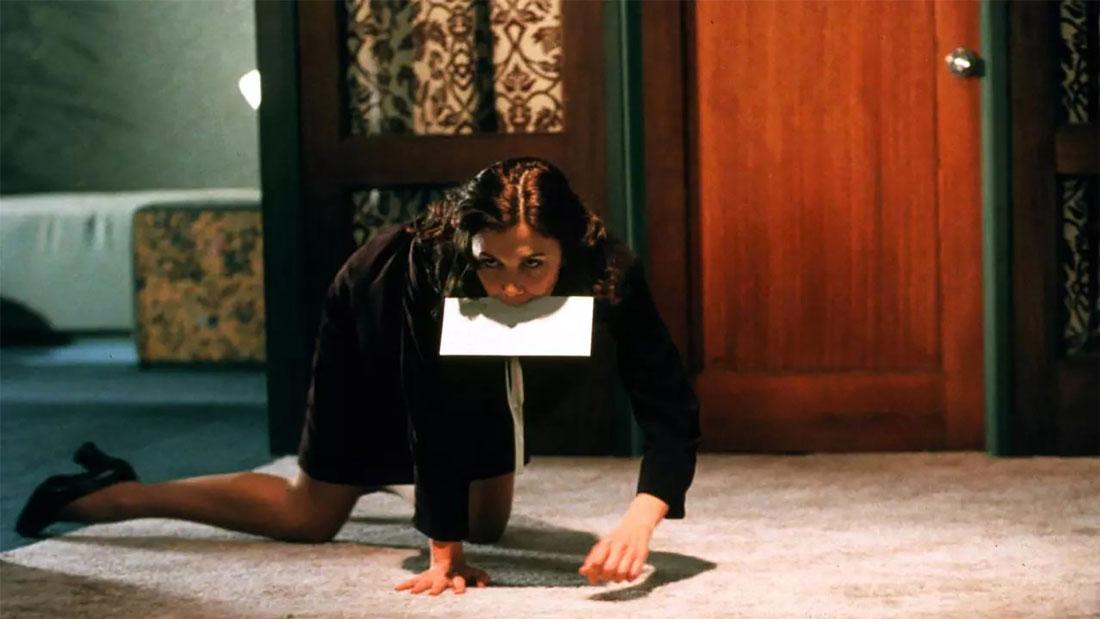 Secretary – video recensione di cinema e psicologia